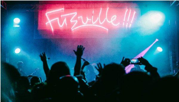 Primera noche de Fuzzville.